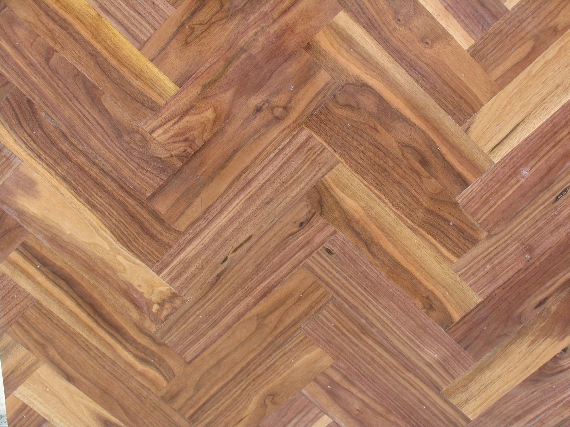 Herringbone Pattern Walnut